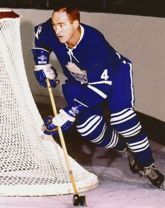 Red Kelly - Toronto Maple Leafs - X NHL Hockey Pictures & Autographs Lord Stanley Cup, Hockey Pictures, Nhl News, Good Old Times, Hockey Games, Sports Figures, Nfl Fans, National Hockey League, Toronto Maple Leafs