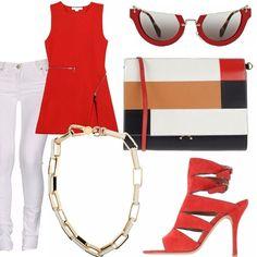 Jeans in denim bianco, top peplo con cerniere decorative, collana a catena con maglie smaltate, sandalo allacciato alla caviglia in suede rosso, borsa a mano con disegno geometrico, occhiali da sole con montatura rossa