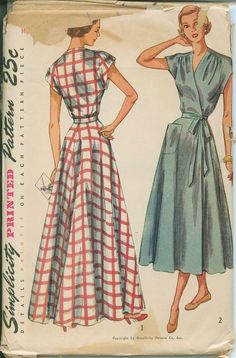 Early 1950s Simplicity 2842 House Coat Robe Sewing Pattern Vintage Size 24 Bust 42 Brunch house dress