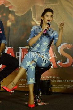 Ranbir, Deepika and their super-hot chemistry at #Tamasha promotions.