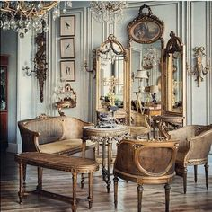 65 Incredible French Country Living Room Decor Ideas - Home Decor Design French Home Decor, French Country Decorating, Living Room Designs, Living Room Decor, French Style Chairs, French Country Living Room, Country French, Rustic French, French Vintage