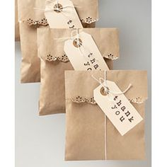 This is really nice. What a great idea for favor bags and thank you gifts.