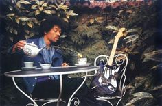 vintage everyday: Sept 17th, 1970. Samarkand Hotel, London. The Last Photos of Jimi Hendrix