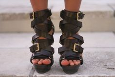 Love Love Love this shoes!!! - ShoesMichael Kors (image:livingdoll)