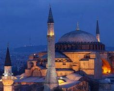 Istanbul, pachet pentru 2 persoane, include bilete de avion, taxe de aeroport, 2 nopti cazare in camera dubla, cu mic dejun inclus, la Hotel Abel 3*  Plecare: 24 mai 2013.