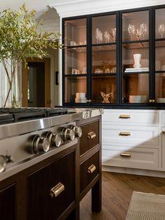 Classic Kitchen, New Kitchen, Kitchen Dining, Kitchen Decor, Interior Exterior, Interior Design, Up House, Beautiful Kitchens, Home Kitchens