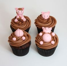 Pig Cupcakes, Cupcake Cookies, Farm Animal Cupcakes, Cupcake Frosting, Creative Cakes, Creative Food, Beautiful Cakes, Amazing Cakes, Piggy Cake