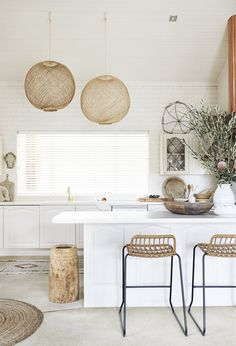 Ministry of Deco Hamptons Kitchen, The Hamptons, Diy Home, Home Decor, Three Birds Renovations, Wood Pendant Light, Style Minimaliste, Design Moderne, Painting Cabinets