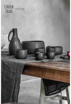 Black Ceramics by Nelson Sepulveda - www.couleurlocale.eu
