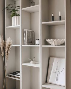 Beautiful Interior Design, Interior Design Inspiration, Billy Ikea Hack, Kirkland Home Decor, Bookshelves Built In, Living Room Interior, Home And Living, Decoration, Home Furniture