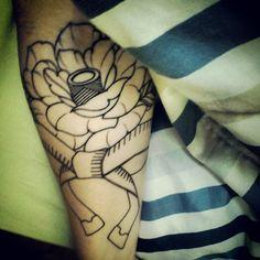 Amor da Costura na Pele #craft #tattoo #rota66 #art #costura #moda #laço #Maringá - @Snežana Nikolić- #webstagram