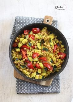 Pan-fried rice, zucchini and chickpeas Veggie Recipes, Gluten Free Recipes, Healthy Recipes, Batch Cooking, Healthy Cooking, Healthy Food, Weigh Watchers, Tasty, Yummy Food
