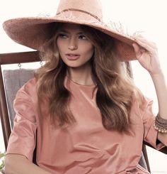 (On Anna) Life With Bird Peach Top, Peter Lang Bracelet, The Hatmaker Hat