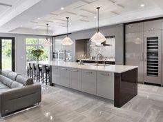 cuisine moderne avec ilot coin repas credence mosaique metal #cuisine #modern #kitchen