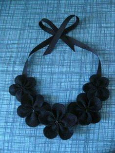 Collier tissu noir