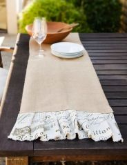 Marquis Table Runner: courtesy of Somerset HOME
