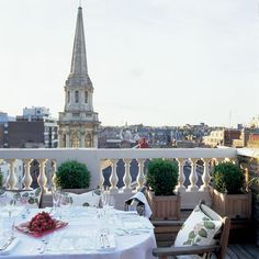 Terrace Suite overlooking Marylebone Village the Mandeville Hotel London Marylebone Village, Rooftop Dining, Days Hotel, Unique Hotels, Europe, London Hotels, Four Seasons Hotel, Hotels And Resorts, Luxury Hotels