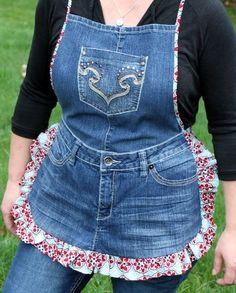 jean apron  My cousin Jeri made one like this for me (without the bib) years ago, I wish I still had it, I got so many fun looks and comments.