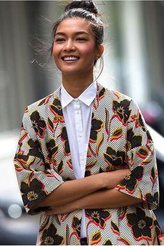 A Polished Way To Wear A Kimono-Style Jacket More