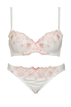 White Satin & Lace Bra and Panty Set ~ Detailed with Pink Floral Lace & Pink Satin Bows Lingerie Retro, Cute Lingerie, Beautiful Lingerie, Pink Satin, Satin Bows, White Satin, Bra And Panty Sets, Lingerie Sleepwear, Lace Bra