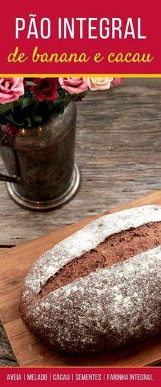 Pão integral de banana com cacau - Confira a receita desse delicioso pão integral feito com banana, cacau, melado, aveia, semente de girassol e de linhaça. Prepare esse pão delicioso, saudável e simples de preparar.
