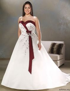 Plus Size Custom White And Red Embroidery Sweetheart Wedding Dress Bridal Gown