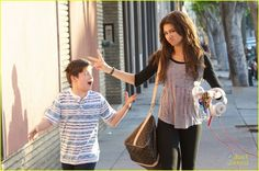 Zendaya: Fro-Yo with Davis Cleveland | zendaya froyo davis cleveland 03 - Photo Gallery | Just Jared Jr.