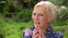 Mary Berry was all about the floral on the set of GBBO last summer
