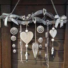 New Garden Art Ideas Wind Chimes Decor Ideas Beach Crafts, Diy And Crafts, Arts And Crafts, Christmas Crafts, Christmas Decorations, Driftwood Crafts, Creation Deco, Nature Crafts, Garden Art