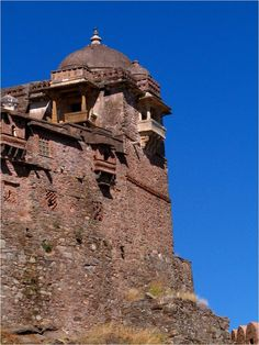Kumbhalgarh – The Great Wall of India ~ Situated in the state of Rajasthan in the west of India, work was begun by the local Maharana, Rana Kumbha in that year. It took over a century to construct the wall and it was later enlarged in the 19th century. It worked as a fort until that period but is now a museum.