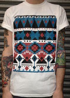 no se si me gusta la camiseta o los brazos... talvez sean los colores de ambos