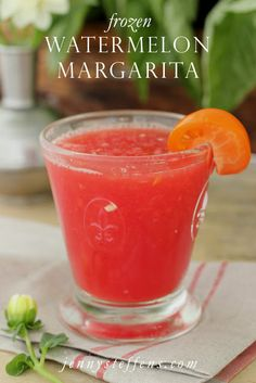Jenny Steffens Hobick: Frozen Watermelon Margarita with an Heirloom Tomato Garnish Party Drinks, Cocktail Drinks, Fun Drinks, Yummy Drinks, Cocktail Recipes, Alcoholic Drinks, Refreshing Drinks, Frozen Watermelon Margarita, Cut Watermelon
