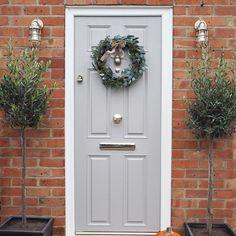 Bright Chrome Bumblebee door knocker on Grey door Grey Garage Doors, Grey Front Doors, Front Door Porch, Wooden Front Doors, Painted Front Doors, Front Door Colors, Front Door Decor, House Front, Country Front Door