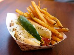 13 great Chicago Style Hot Dogs tried by Serious Eats in 2012 (so far)