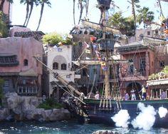 Vegas Must #5: Treasure Island