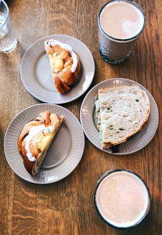 M o m & d a u g h t e r • t i m e #cinnamonbun #clubsandwich #food #happystomach