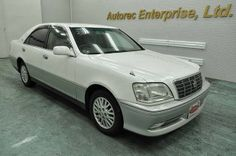 Japanese vehicles to the world: 2000 Toyota Crown Royal Saloon for Nigeria to Lago...
