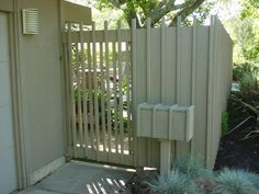 Mid-century Landscaping: Fencing