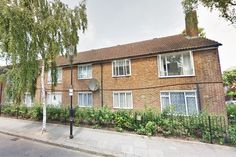 https://www.realestatexchange.co.uk/properties/comprare-casa-a-londra-st-anns-road-holland-park-londra-w11/?lang=it