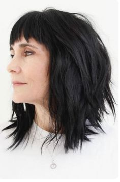 Layered Cut with Bang ❤ Hairstyles for women over 50 do not have to be boring. Check out our gallery of super sexy and trendy hairstyles for women who want to rock their locks! Short Hairstyles For Women, Hairstyles With Bangs, Cool Hairstyles, Hairstyle Ideas, Latest Hairstyles, Bob Hairstyle, Bridal Hairstyle, Hair Ideas, Love Hair
