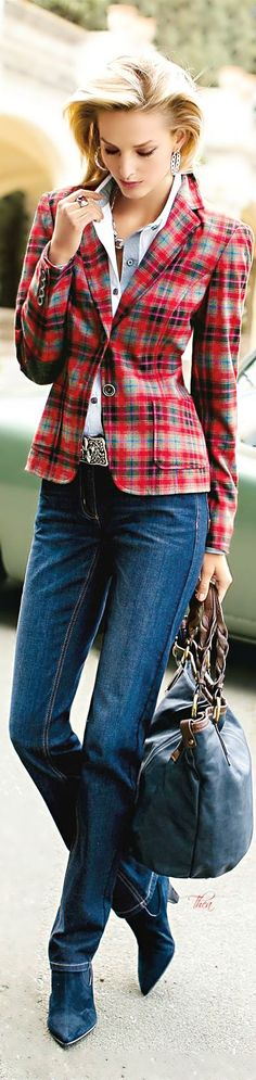 Fashion ● On The Street... It's all about the plaid blazer jacket!
