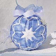 Mary Maxim - Snow Flurries Quilted Ornament