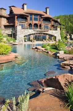 Perfect house with amazing backyard