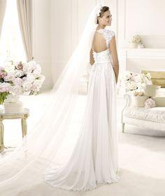 Pronovias te presenta el vestido de novia Galant. Elie by Elie Saab 2013.   Pronovias