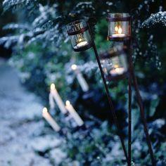 Utilice las velas para el encanto de Dickens