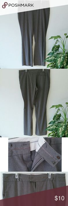 Mossimo Stretch Dress Pant Super light wear! Near perfect condition, just not needing businessy clothes anymore lol! These are super soft and stretch as well, so they are comfy all day long. Pockets are real on front and back. Offer on bundles, babes! :) Mossimo Supply Co Pants Straight Leg