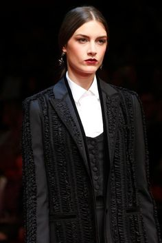 Dolce & Gabbana Spring 2015 Ready-to-Wear - Details - Gallery - Look 19 - Style.com