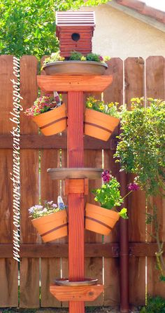 Bird house/bath/Feeder - One More Time Events.and plant stand! This is fantastic and there& a how-to! Bird House Feeder, Bird Feeders, Outdoor Projects, Garden Projects, Cool Bird Houses, Do It Yourself Design, Yard Art, Lawn And Garden, Container Gardening