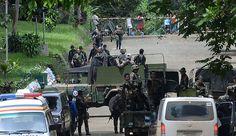 Marawi (Philippines) - L'armée philippine bombardait depuis les airs jeudi une ville du sud de l'archipel où des islamistes inspirés par l'organisation Etat islamique ont tué au moins 11 civils, selon les médias, justifiant l'instauration de la loi martiale par le président Rodrigo Duterte.