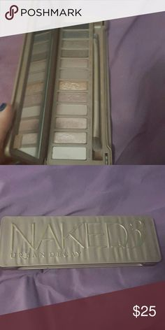 Urban Decay Naked 3 Lightly used comes with original brush Urban Decay Makeup Eyeshadow